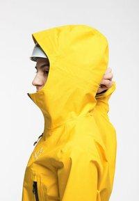 Haglöfs - HARDSHELLJACKE ROC GTX JACKET WOMEN - Hardshell jacket - pumpkin yellow - 3