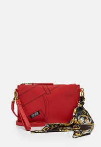 CROSSBODY FLATCUCITURE PRINT - Across body bag - rosso