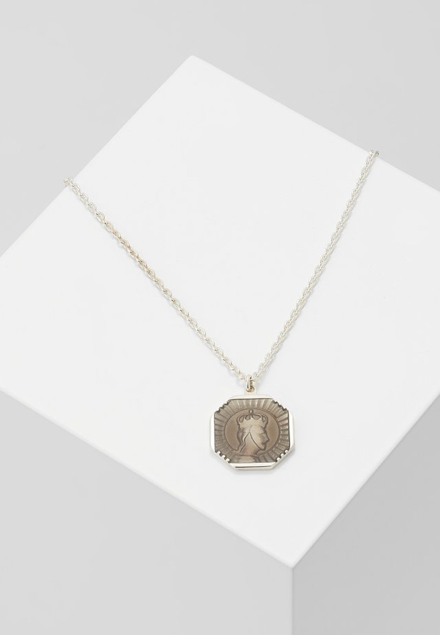 FACELESS KING PENDANT NECKLACE - Halsband - gray