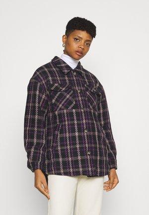 SUSTANNI - Short coat - royal lilac
