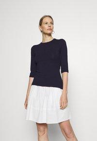 Anna Field - Basic T-shirt - evening blue - 0