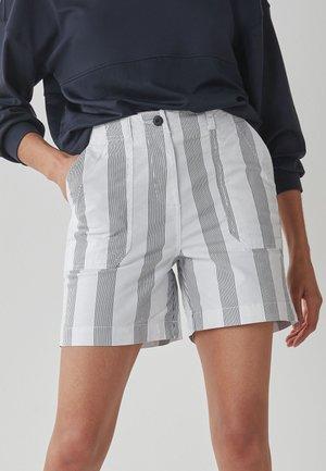 UTILITY BOY - Shorts - white