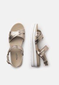 NeroGiardini - Platform sandals - bronzo - 3