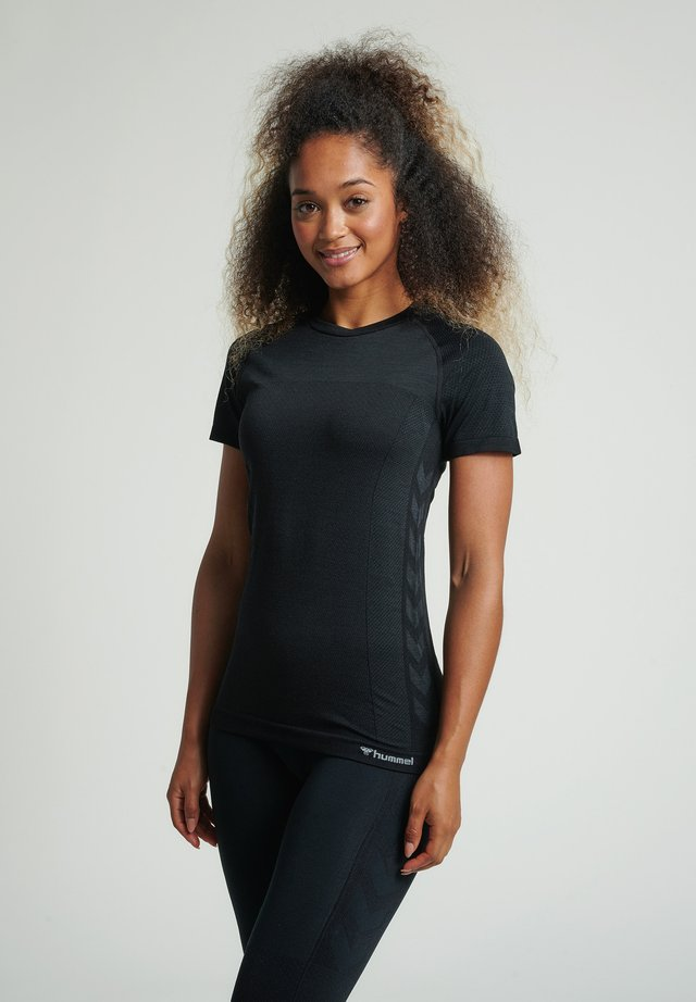HMLCLEA SEAMLESS - T-shirt print - black melange