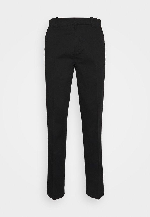 COMFORT PAVEL - Kalhoty - black