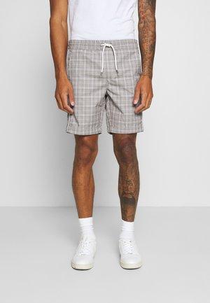 JJIJOHN JOGGER - Shorts - white