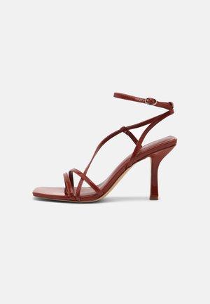 RENDALITH - Sandals - medium red
