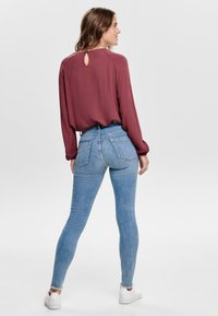 ONLY - ONLBLUSH MID ANKLE - Jeans Skinny Fit - light blue - 2