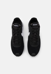 Nike Sportswear - D/MS/X WAFFLE - Trainers - black/white/metallic silver - 5