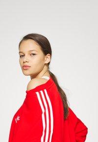 adidas Originals - Sweatshirt - red - 5