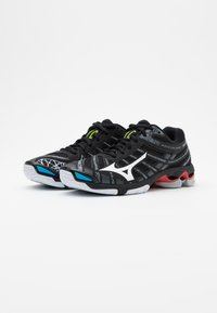 Mizuno - WAVE VOLTAGE - Volleyballsko - black/white - 1