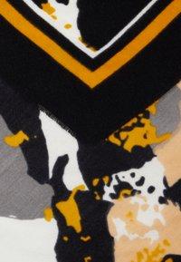 Even&Odd - Foulard - mustard/black - 2