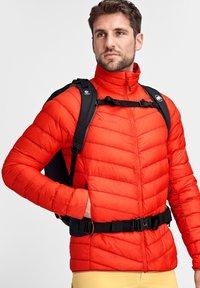 Mammut - MERON - Down jacket - spicy - 2
