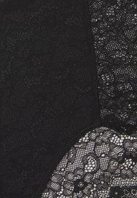 Monki - OMA BRIEF - Shorty - black dark - 2