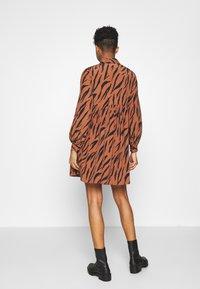 River Island - LISA SMOCK DRESS - Shirt dress - brown - 2