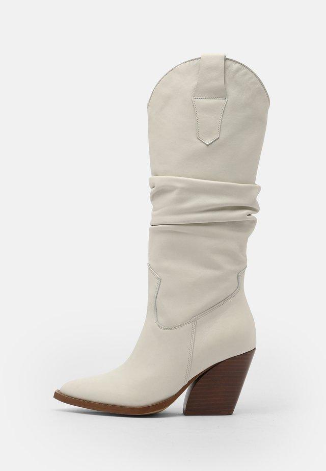 Cowboy/Biker boots - off white