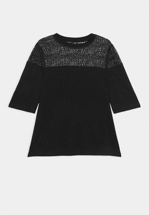 ONLBESSIE LIFE  - Basic T-shirt - black