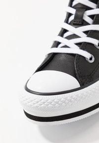 Converse - CHUCK TAYLOR ALL STAR PLATFORM - Sneakers hoog - black/white - 2