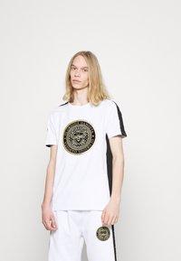 Glorious Gangsta - ALFARO TEE - Print T-shirt - optic white - 0