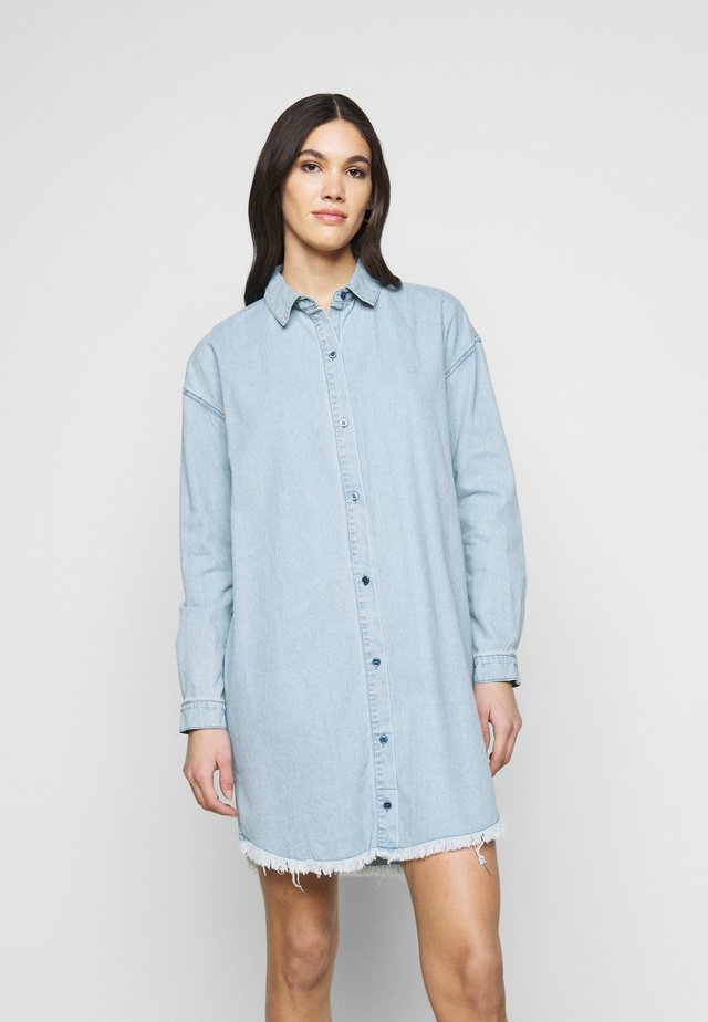 DRESS - Denimové šaty - blue
