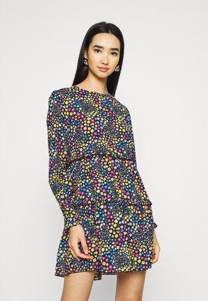 JDYLEA SHORT DRESS  - Hverdagskjoler - black/multicolor