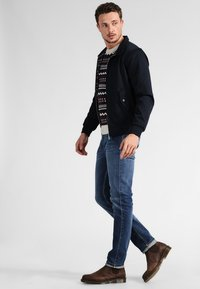 Mustang - TRAMPER - Slim fit jeans - super stone washed - 1