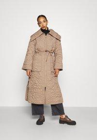 By Malene Birger - TIAMUS - Classic coat - clay - 0