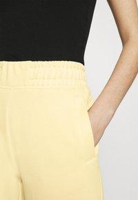 Nike Sportswear - PANT - Pantalon de survêtement - fossil/stone - 3
