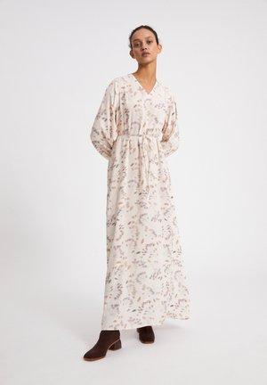 ILEANAA PRESSED - Maxi dress - oatmilk