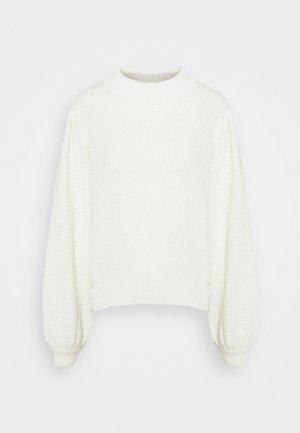 RUTBO - Jumper - off-white