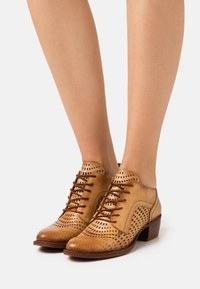 Felmini - DRESA - Lace-up heels - tan - 0