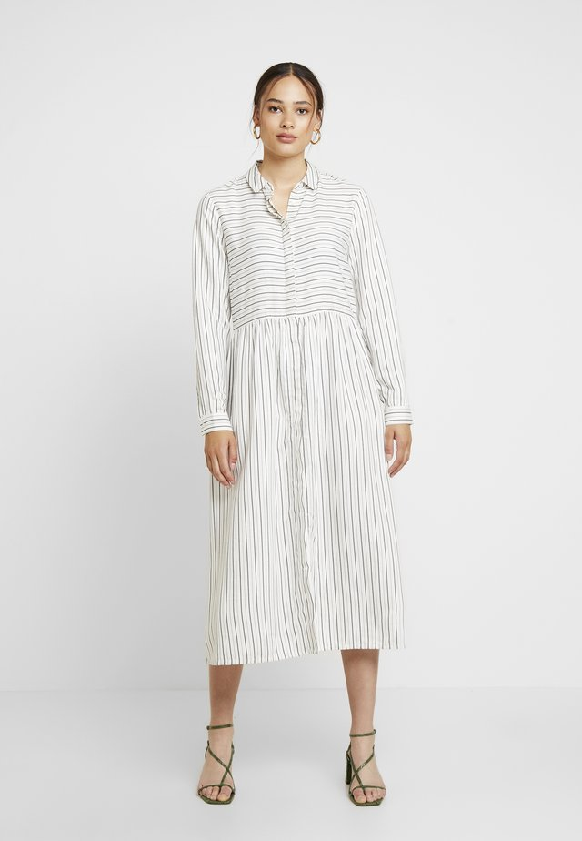 ENHARRY DRESS - Vestido camisero - white/black