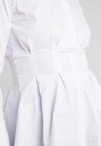 4th & Reckless - LESTER PLEATED SHIRT - Button-down blouse - white - 5