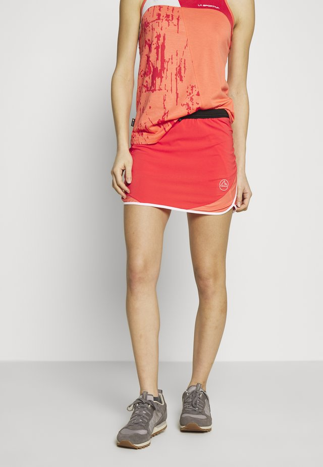 COMET SKIRT - Sports skirt - hibiscus/flamingo