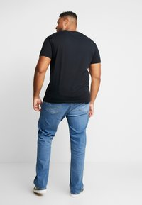 GANT - SHIELD - Print T-shirt - black - 2