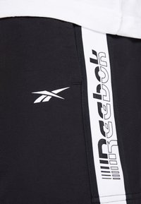 Reebok - Sports shorts - black - 3