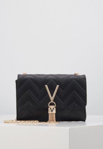 SPECIAL DIVA - Across body bag - black