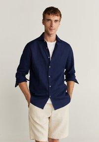 Mango - AVISPE - Shirt - dunkles marineblau - 0