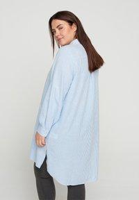 Zizzi - Button-down blouse - skyway stripe - 2