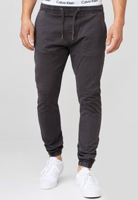 INDICODE JEANS - FIELDS - Trousers - raven - 0