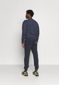 pinqponq - UNISEX - Sweater - currant blue - 2