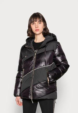 IMBOTTITO OVATT CORT - Winter jacket - nero