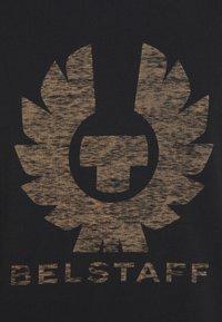 Belstaff - COTELAND - Print T-shirt - black - 4