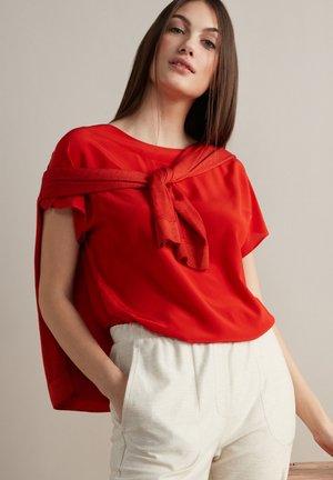 Basic T-shirt - corallo