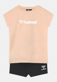 Hummel - NOVET GIRLS SET - T-shirt imprimé - bisque - 0