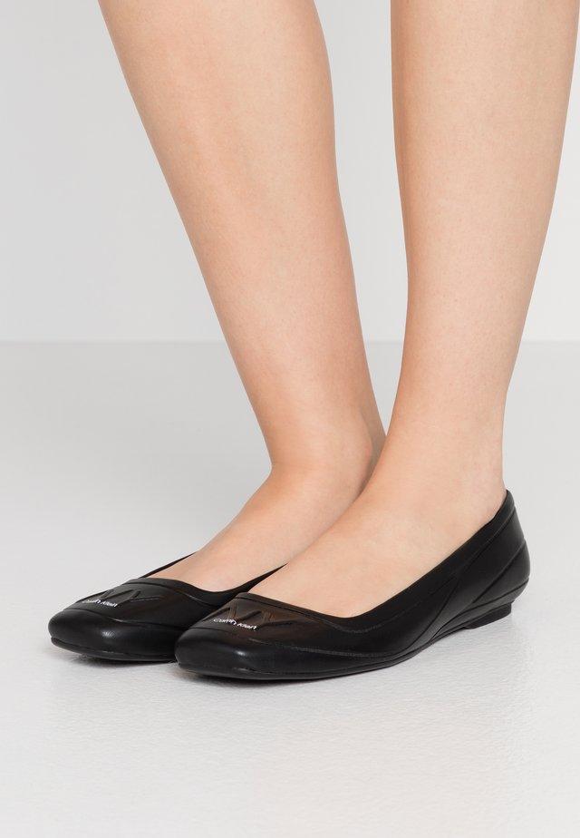 EBONI - Ballerina - black