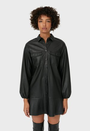 MIT KNÖPFEN  - Shirt dress - black