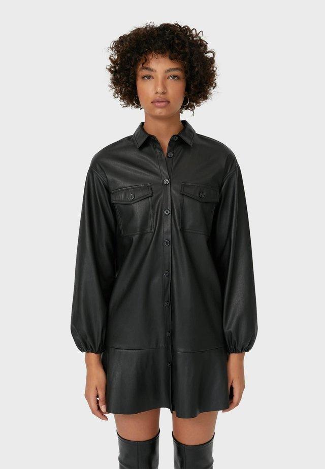 MIT KNÖPFEN  - Abito a camicia - black