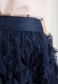 Lace & Beads - RUFFLE MIDI SKIRT - A-linjekjol - dark blue - 5