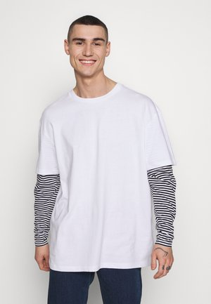 DOUBLE LAYER STRIPED TEE - Long sleeved top - white